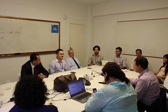 Comitê do Start-Up Brasil em reunião com a 21212 e startups